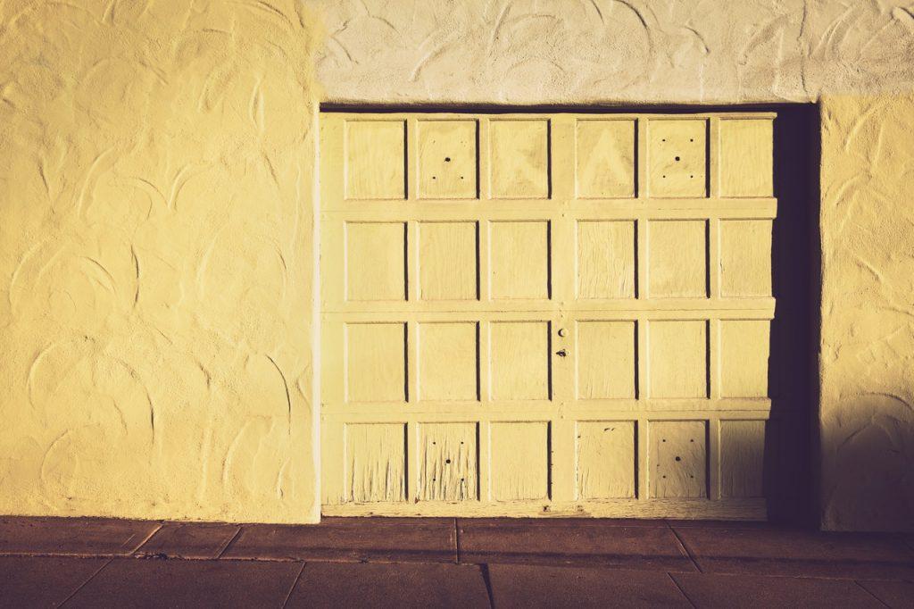 Porte de garage, entrée voiture