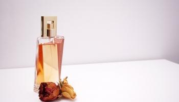 Quelle Différence entre un Parfum, Eau de Parfum et Eau de Toilette ?