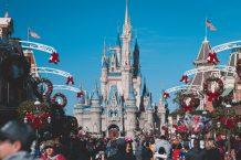 Combien de Personnes Visitent Disneyland Paris Chaque Jour ?
